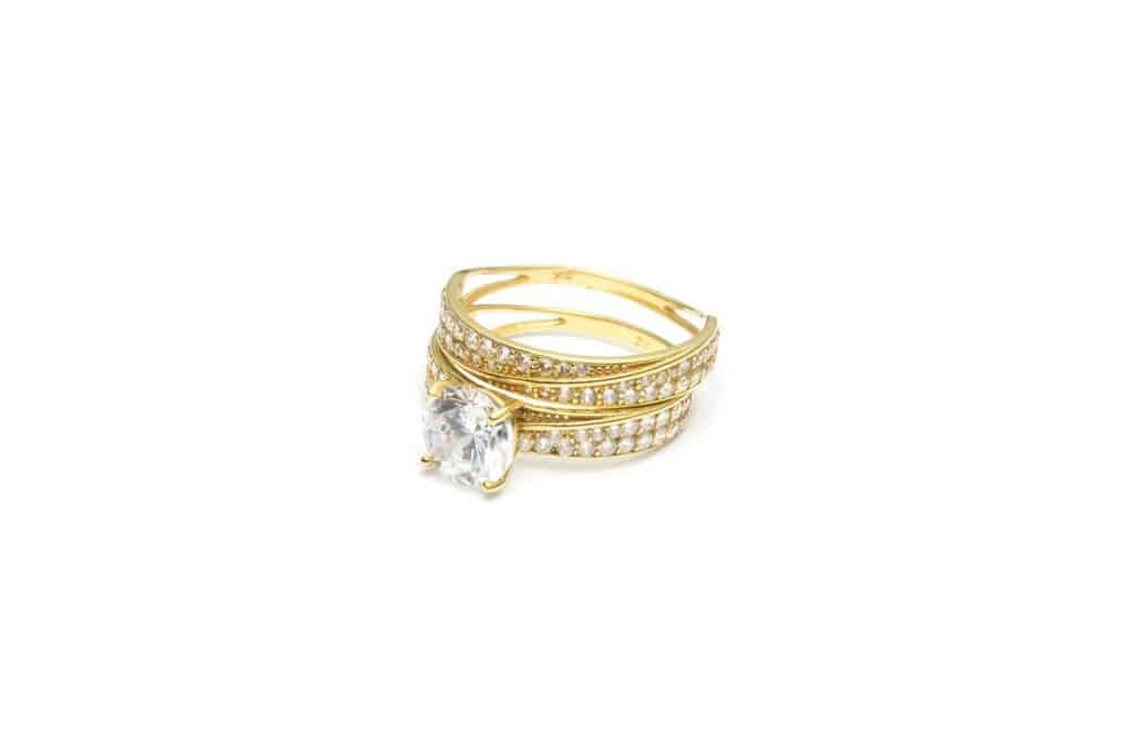 Pawn gold diamond rings for cash!